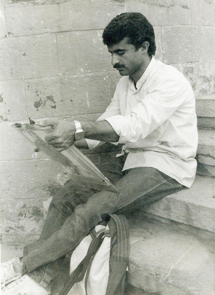 احمد نادعلیان، دانشجوی رشته نقاشی در دانشکده هنرهای زیبا