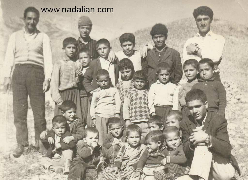 با تعدادی از بچه های ییلاق گل زرد.