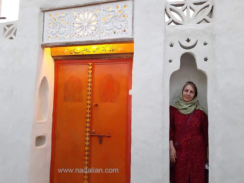 اتل منشادی در ورودی خانه دکتر نادعلیان در بندر تاریخی لافت