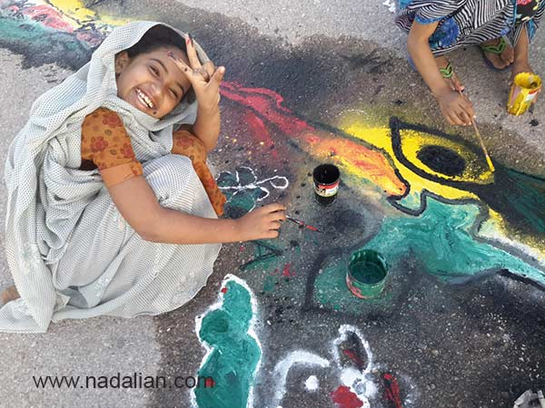 Happy girl, Painting in Public Place supported by Dr Nadalian Museum, Hormouz_Island