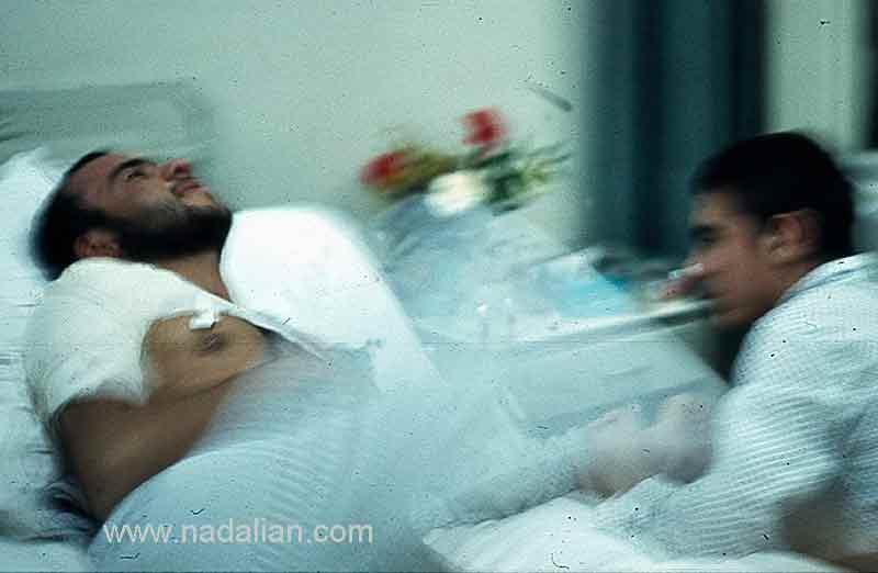 عکس یک مجروح جنگی در بیمارستانکه درد داشت
