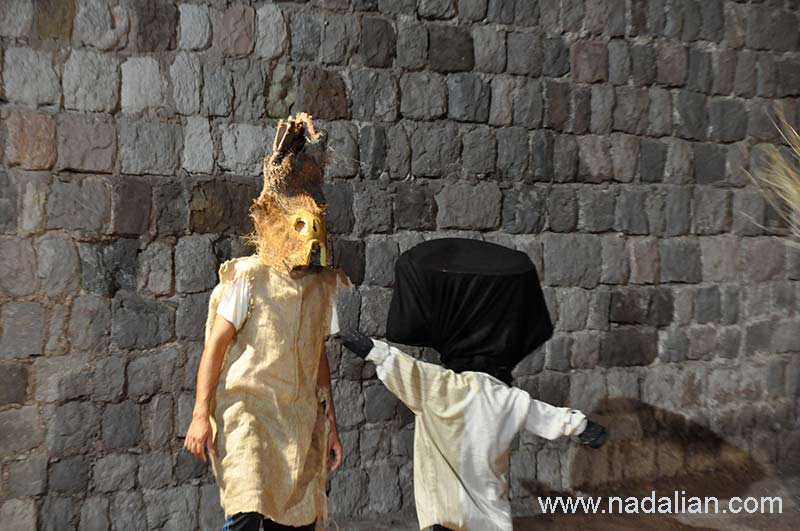 """Performing ritual ceremonies; Mohammad Salamati and Mohsen Eslami for the film """"Colorful Island"""" in the Portuguese fort, directed by Khosrow Sinaei"""