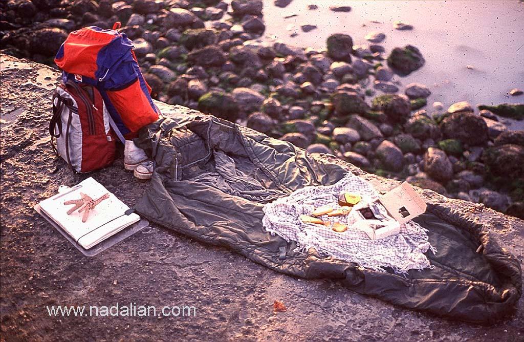 کیسه خواب، کوله ها، تخته طراحی و اشتر گلی از میناب