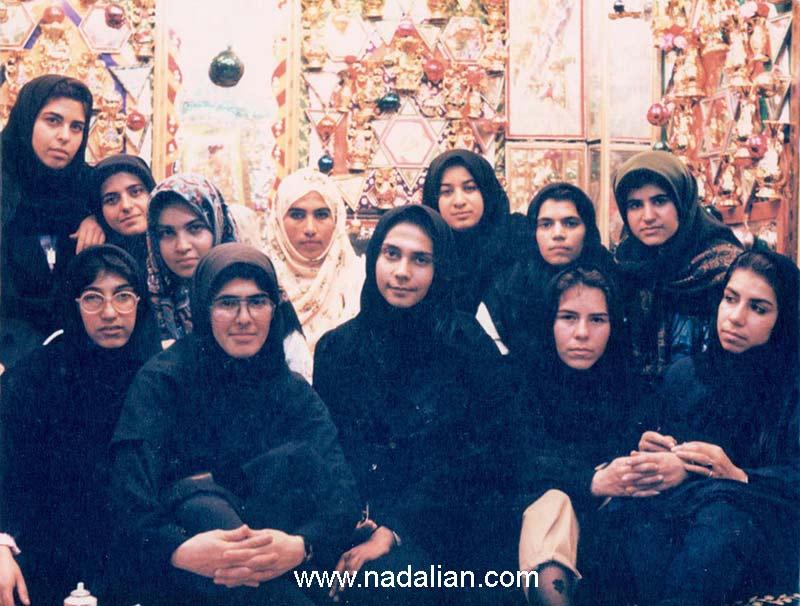 عکس دانشجویانم در اتاق حجله، غرب هرمزگان