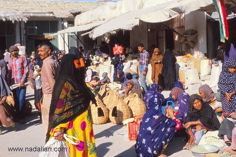 پنجشنبه بازار میناب سال 1365